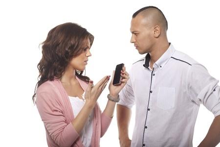 Elimina la desconfianza en tu relación de pareja